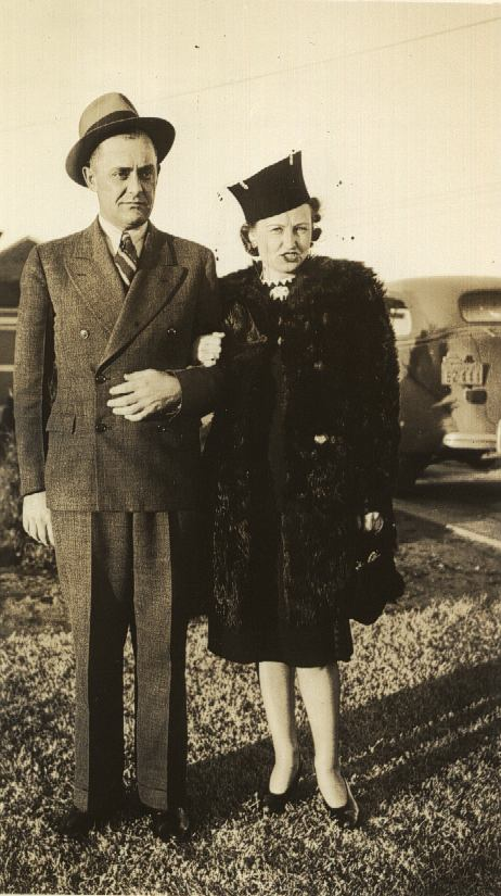 Mother and Daddy - James Thomas and Virginia Lineberry Willis